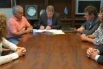 Acuerdo para instalar un espacio de inclusión digital en el club Villa Mitre