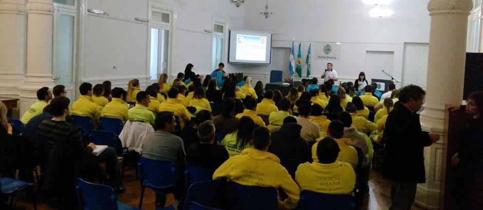 Guardia Urbana: capacitación para el tratamiento de cargas peligrosas