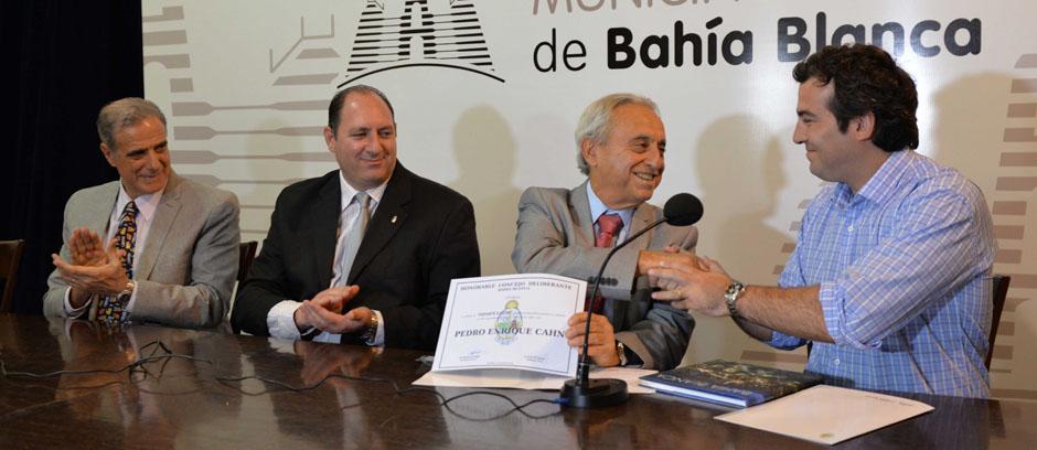 Pionero en la lucha contra el VIH: fue declarado visitante ilustre de la ciudad el Dr. Pedro Cahn